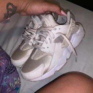 Nike Huarache Shoes